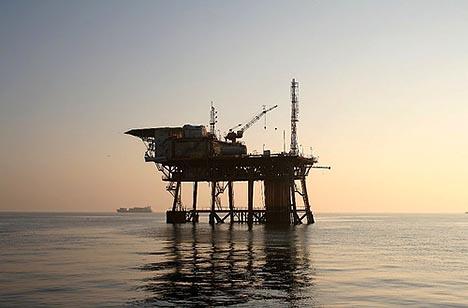 Trivelle al largo del mare di Sicilia; insorge GreenPeace$