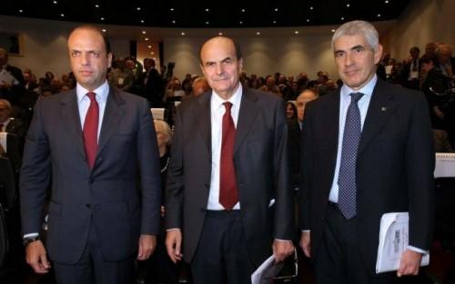 http://www.dirittodicritica.com/wp-content/uploads/2012/01/alfano-bersani-casini-e1326708017510-500x313.jpg