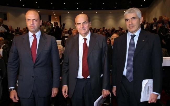 Bersani, Casini e Alfano: un pranzo nuziale per salvare l'Italia