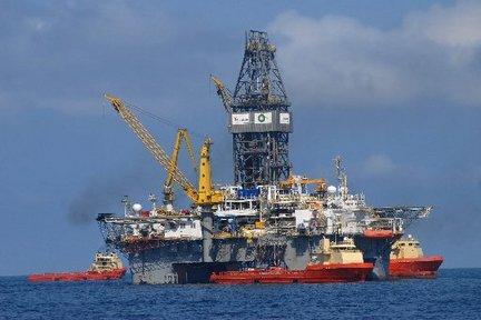 Marea nera nel Golfo del Messico, la British Petroleum chiede un risarcimento miliardario