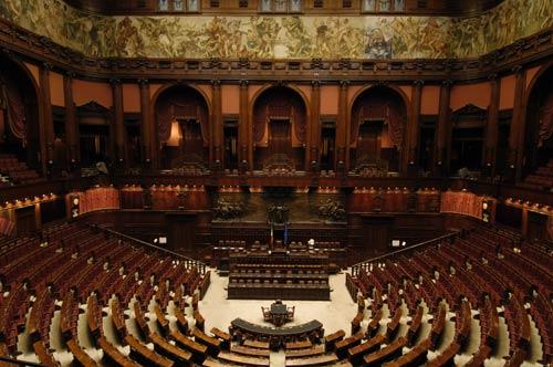Via i vitalizi ma alcuni parlamentari fanno ricorso