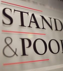 Standard & Poor's declassa l'Europa: complotto o cattiva politica?
