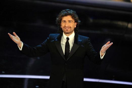 Alessandro Siani, applauditissimo a Sanremo 2012