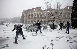 Roma sotto la neve, ma Alemanno litiga con la Protezione Civile