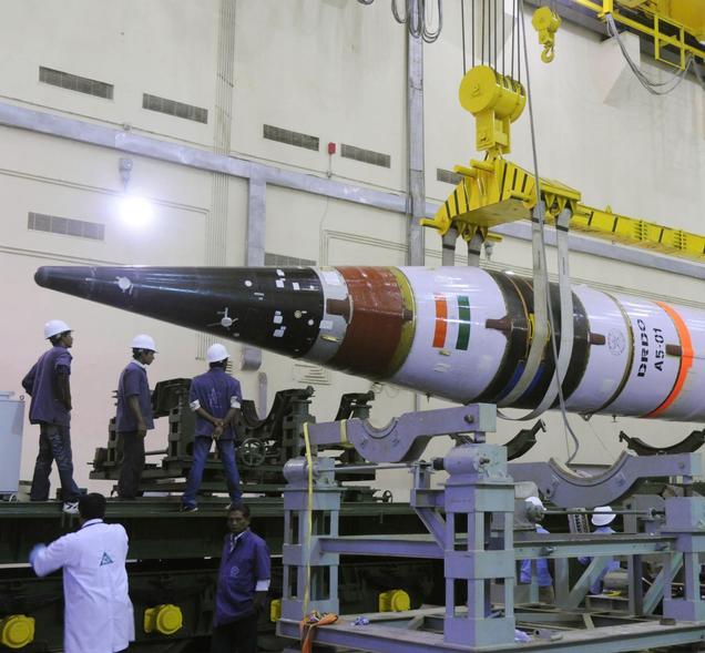 L'India sfida la Cina, lanciato il missile Agni