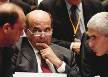 Alfano, Bersani e Casini a lavoro per cambiare la Costituzione