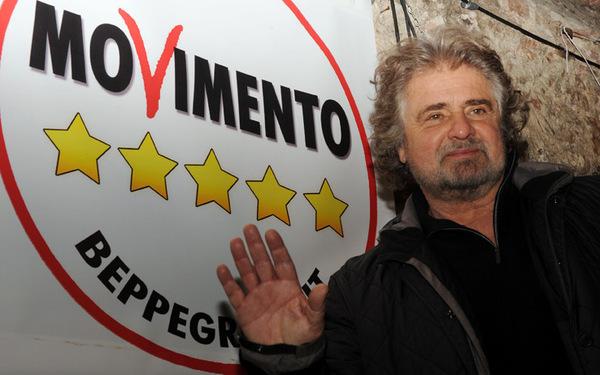 """""""Nasce il Quarto Polo"""", Beppe Grillo incoronato dai sondaggi"""