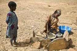 Così si muore in Niger, dove i piccoli pesano 4 chili