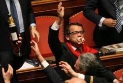 """La Camera """"salva"""" il finanziamento pubblico ai partiti"""