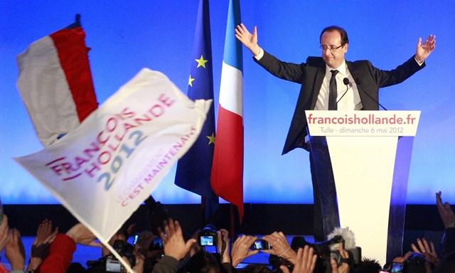 Hollande trionfa, fine dell'asse franco-tedesco