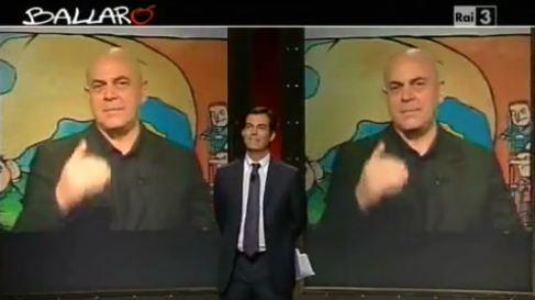 """""""Il Cav punta su Gerry Scotti. Sembra incredibile. Ma perché Gasparri era credibile?"""""""