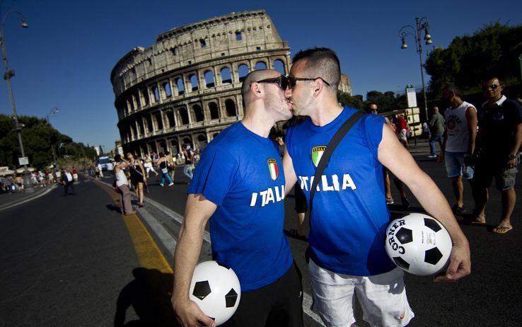 gay pride a roma polemca gay nazionale Gay Pride, a Roma lorgoglio omosex