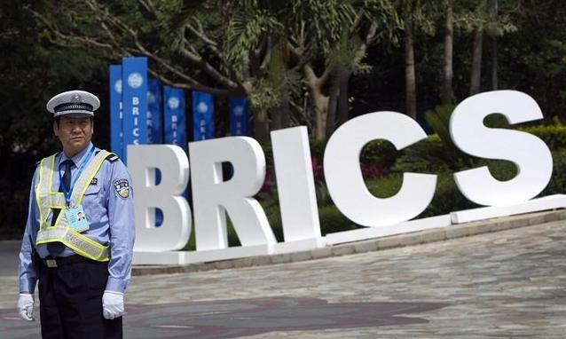 Cina e Brasile rallentano, decisiva la crisi dell'Euro e dell'economia Usa