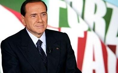 Tornare a Forza Italia? A Berlusconi conviene