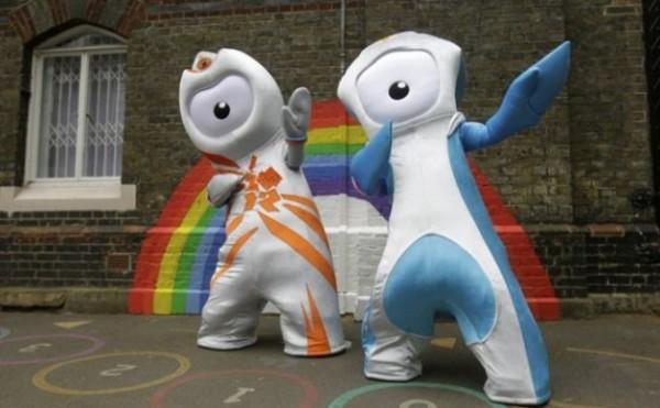 Olimpiadi: Manodopera cinese a basso costo, le mascotte di Londra al centro dello scandalo