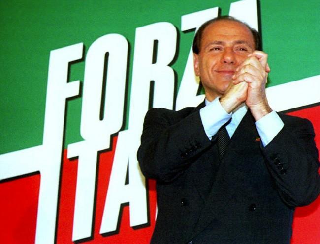 Berlusconi VI torna a Forza Italia, una scelta che puzza di vecchio