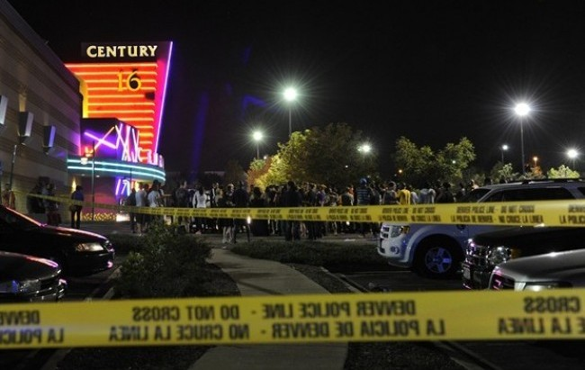 La ''Strage di Denver'' e i precedenti che preoccupano gli Stati Uniti