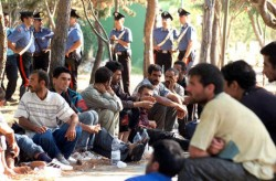L'altra faccia del governo Monti, i diritti umani dei migranti che tutti dimenticano