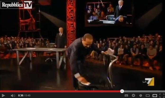E Berlusconi pulì la sedia di Travaglio
