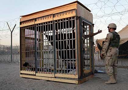 La ''lista nera'' della Cia, torture e detenzioni illegali in 54 paesi dopo l'11 settembre