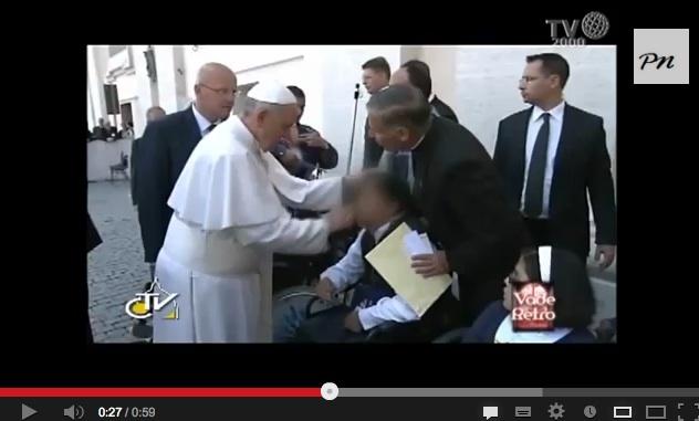 Il video del presunto esorcismo del Papa. Ma la Santa Sede smentisce – VIDEO