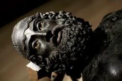 Bronzi di Riace 250x166 I Bronzi di Riace e Pompei, una vergogna italiana
