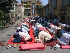Preghiera islamica a Milano