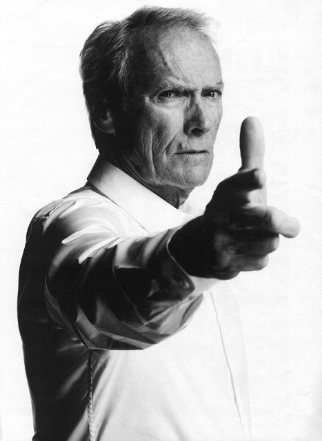 """""""Coraggio…fatti ammazzare"""". Clint Eastwood e la staffetta Letta-Renzi"""
