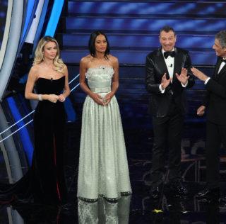 """Sanremo, ascolti sì. La prima serata """"confusa e felice"""" di Amadeus"""